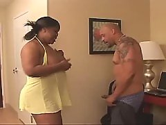 Man checks fucking skills of black BBW